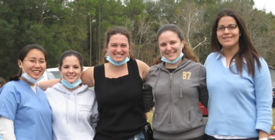 Hispanic Student Dental Association makes a difference